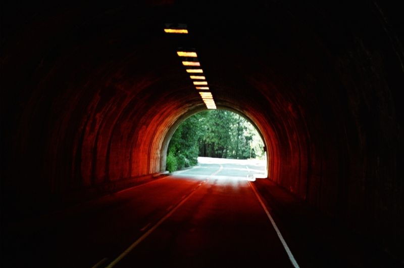 gal/SelectedPrints/PeopleArchitecture/YMTunnel.JPG